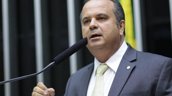 Read more about the article Secretário de Bolsonaro afirma: proposta para aposentadoria será com idade mínima de 65 anos para homens e 62 para mulheres