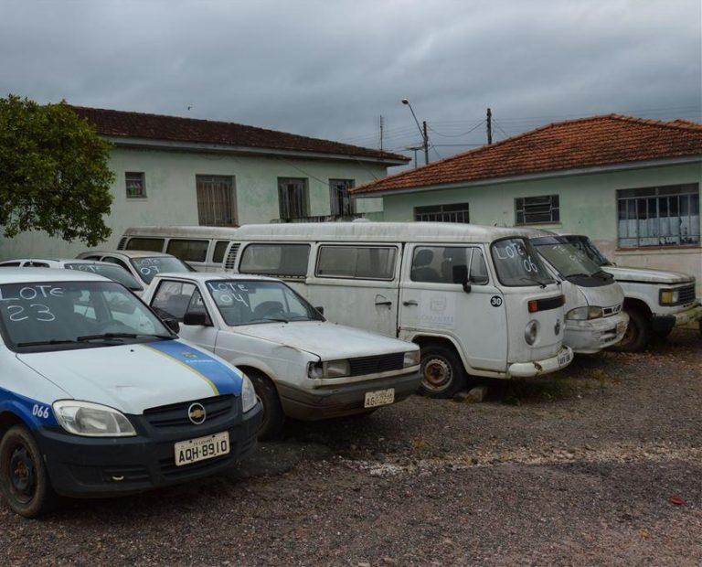 Prefeitura utilizará valor arrecado em leilão para compra de veículos da saúde