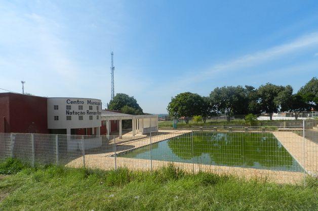 Read more about the article Vereador critica piscina do Cepar