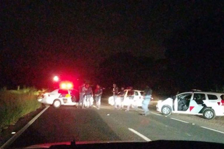 Read more about the article Tiroteio após tentativa de roubo a carro-forte bloqueia rodovia em Piracicaba