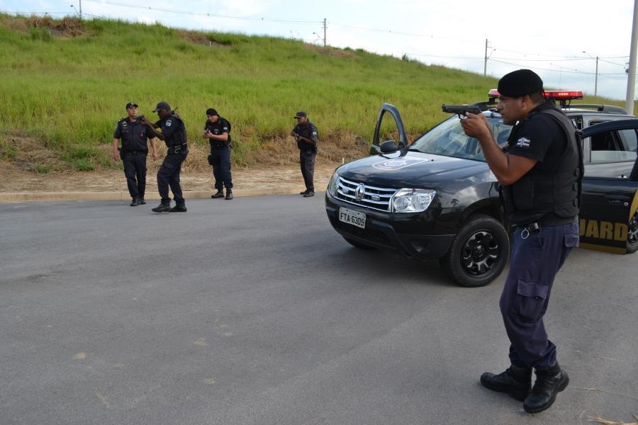 You are currently viewing Menor em atitude suspeita é detido pela GC durante patrulhamento