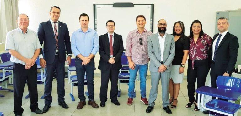 Vereador Bruno Barnabé comenta sobre seu apoio para a vinda do curso de Direito na CNEC Capivari