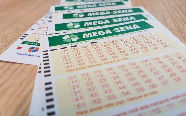 Mega-Sena acumula e pode pagar R$ 63 milhões na quarta-feira; veja dezenas.