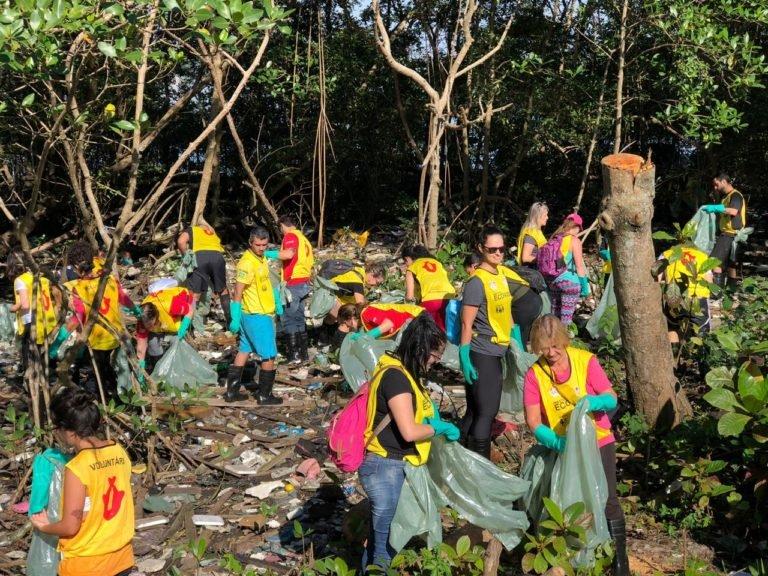 Coca-Cola FEMSA Brasil retira 1.4 tonelada de resíduos  do manguezal de Santos