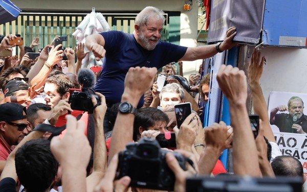 Read more about the article Ministério Público diz ao STJ que Lula tem direito a progredir para regime semiaberto