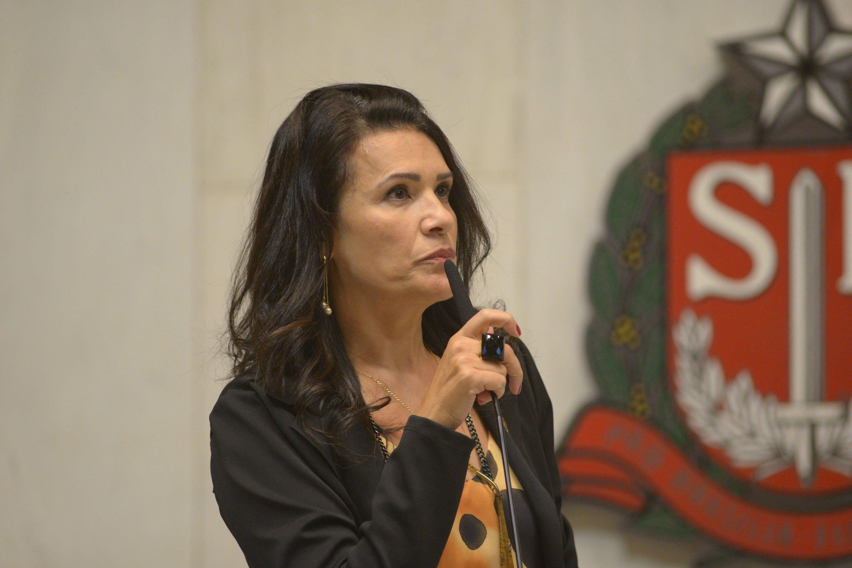 You are currently viewing Valéria Bolsonaro faz balanço dos 100 dias de mandato e fala sobre projetos e indicações